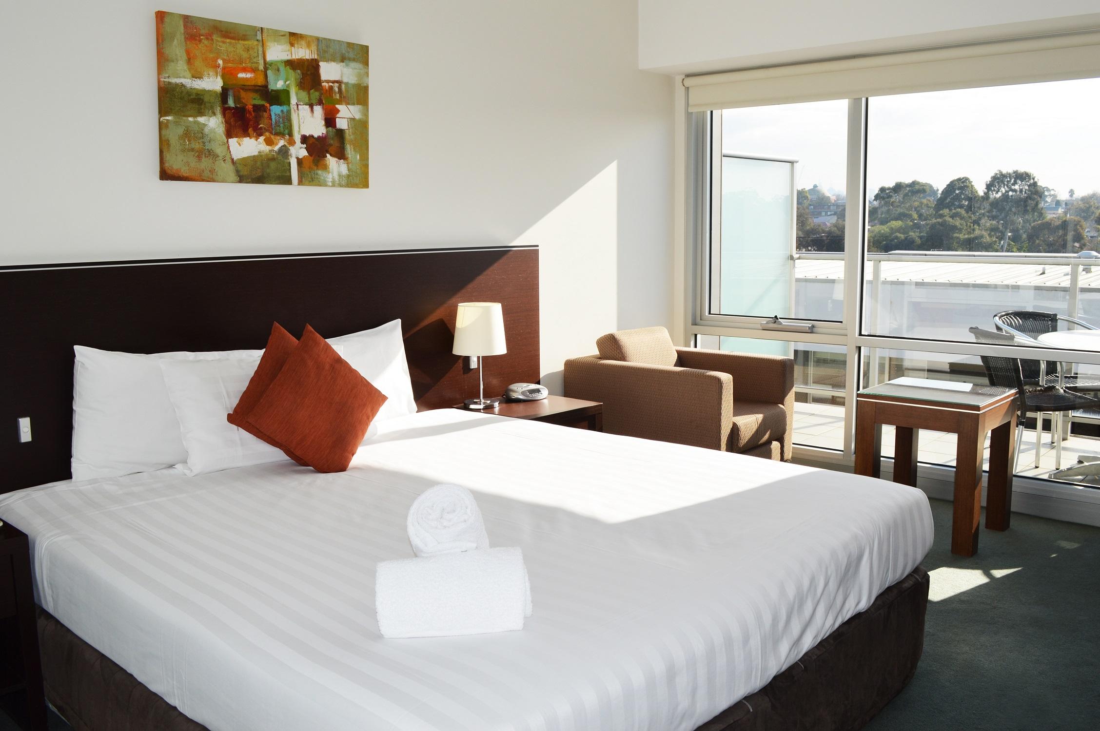 adara-st-kilda-one-bedroom-balcony