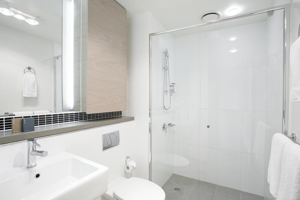adara-st-kilda-one-bedroom-studio-bath-1