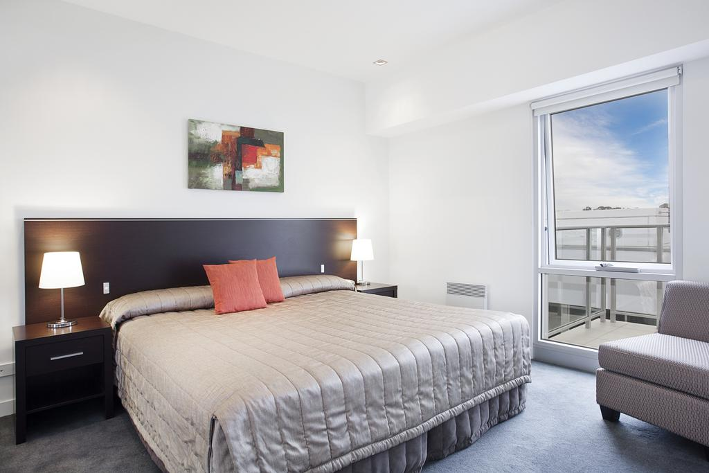 adara-st-kilda-two-bedroom-standard-bed-1