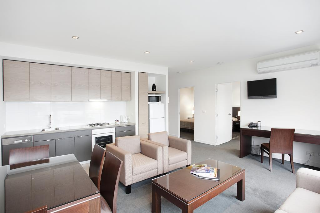 adara-st-kilda-two-bedroom-standard-living-2