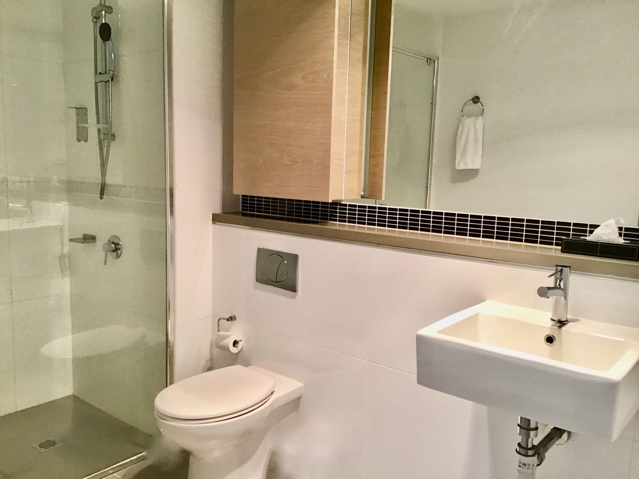 AS_1BDR_Bathroom_Full_Web